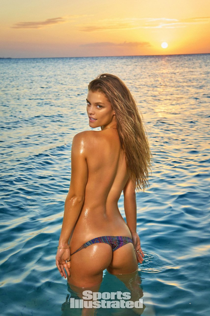 nude si swimsuit girls