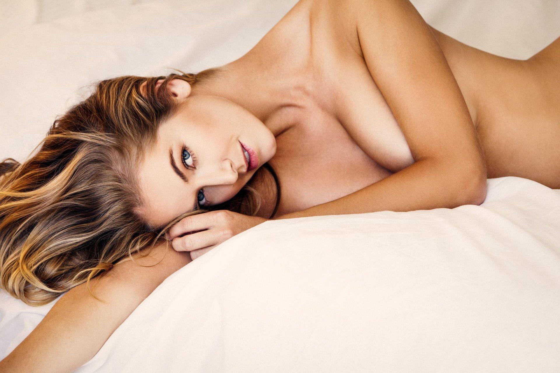 Nackt Olivia Jordan  Ola Jordan