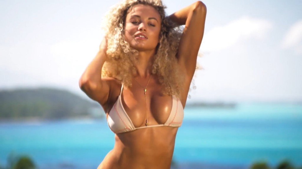 Rose-Bertram-Sexy-Uncovered-17