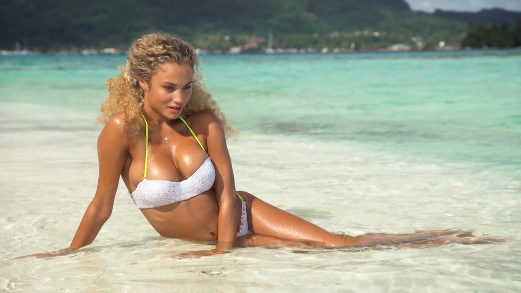 Rose-Bertram-Sexy-Uncovered-2