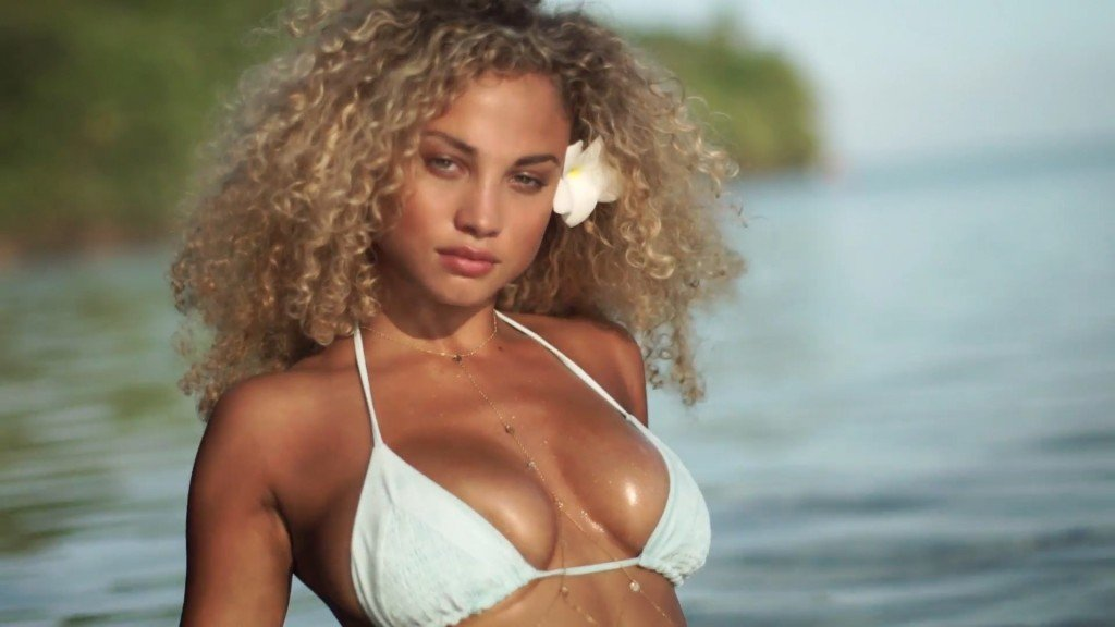 Rose-Bertram-Sexy-Uncovered-33