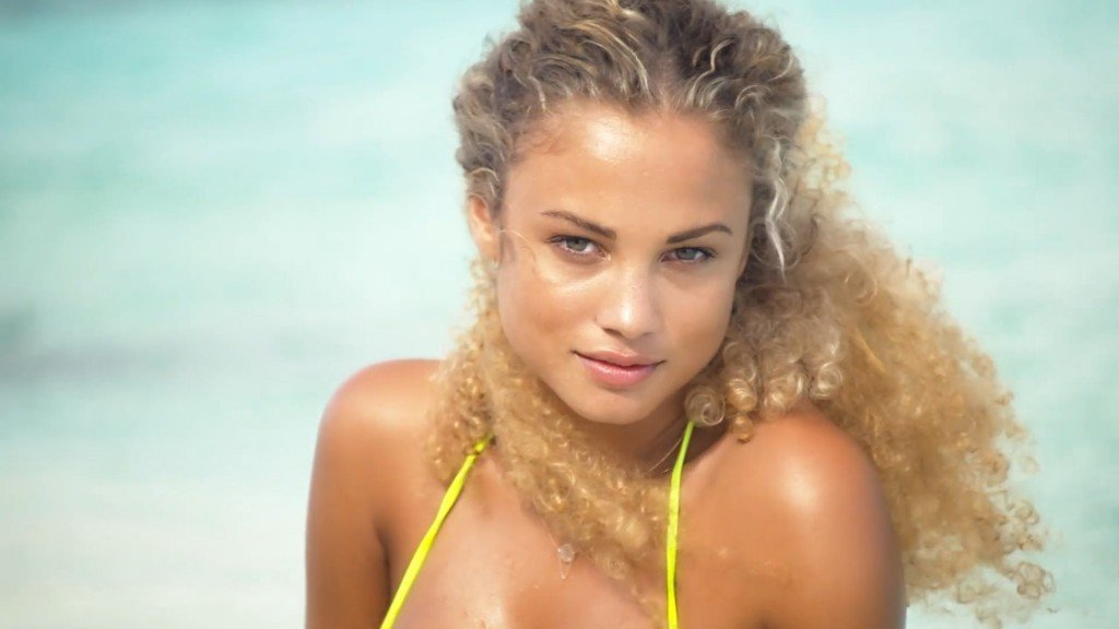 Rose-Bertram-Sexy-Uncovered-5