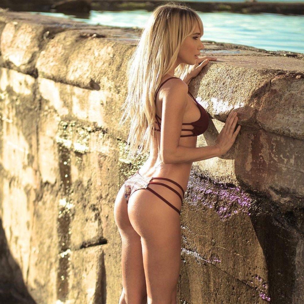 Sara Underwood Sexy (9 Photos)