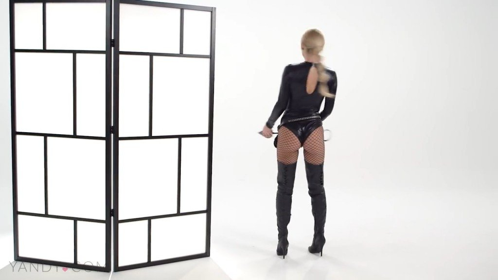 Sara Underwood Sexy (58 Photos)