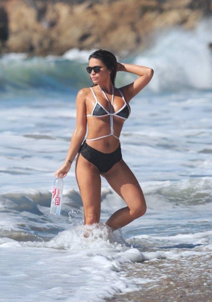 Tawny Jordan Sexy & Topless (40 Photos)