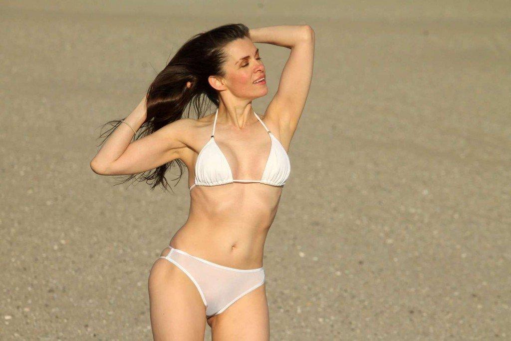 Alicia Arden Bikini naked