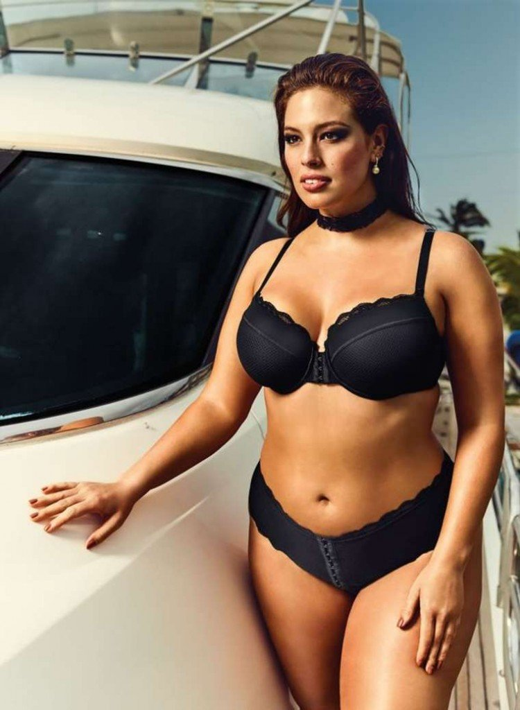 Ashley Graham Sexy 1