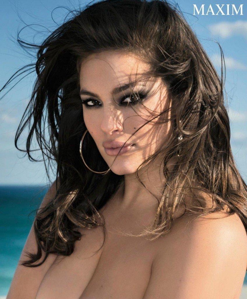 Ashley Graham Topless & Sexy (6 Photos)