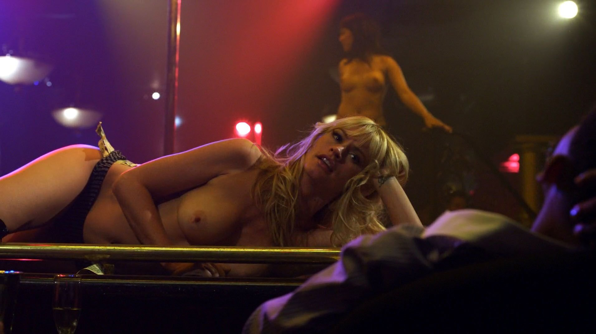 Doesn't cameron richardson nude