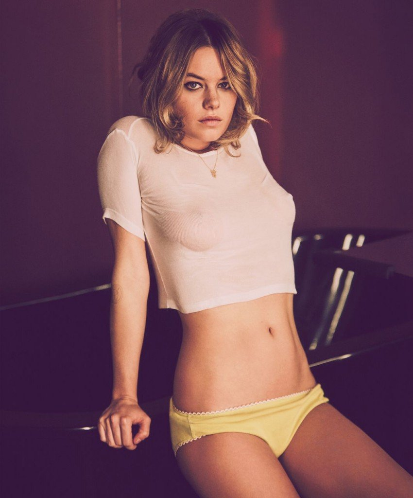 Camille Rowe Nude & Sexy (12 Photos)