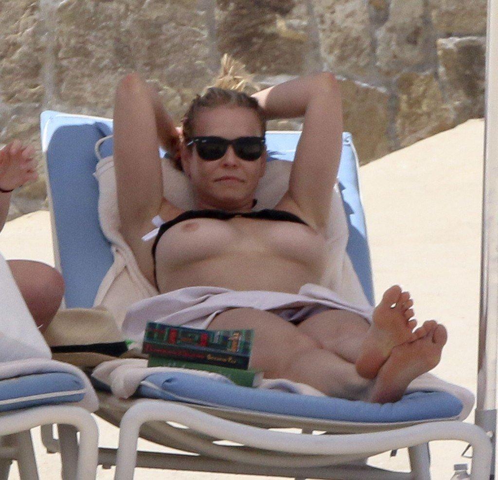 Chelsea Handler Topless (3 Photos)