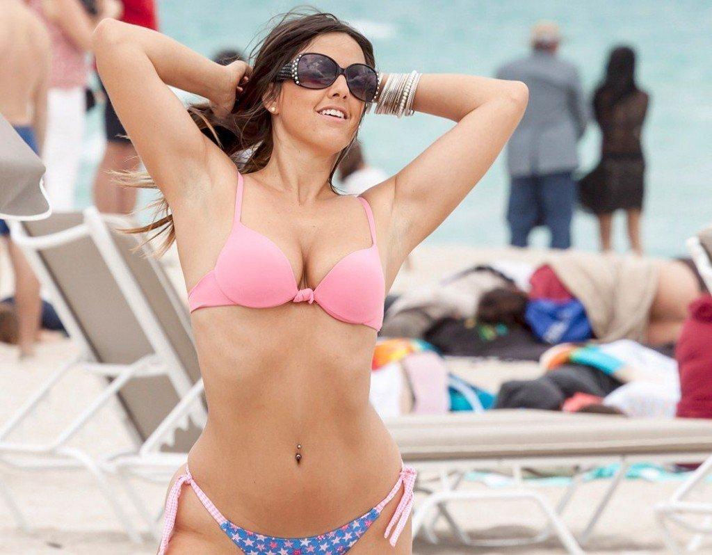 Claudia Romani Sexy (6 Photos)