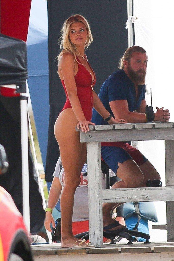 Kelly Rohrbach Sexy (41 Photos)