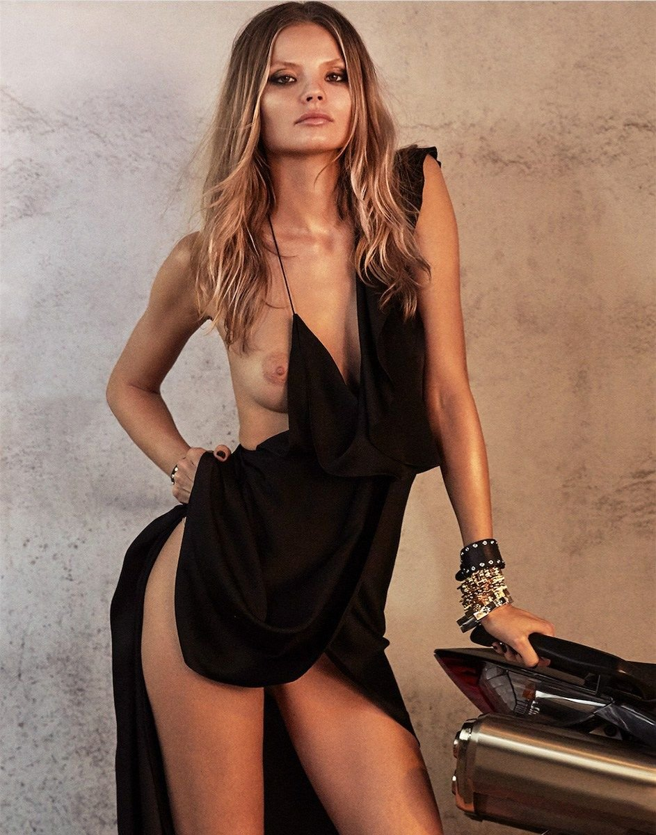 Watch Topless Photoset of Magdalena Frackowiak video