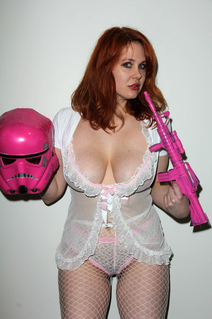 Maitland Ward Hot