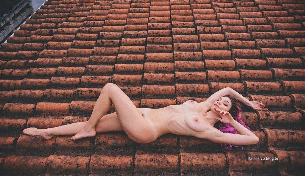 Mariana de Souza Alves Lima (MariMoon) Naked (4 Photos)