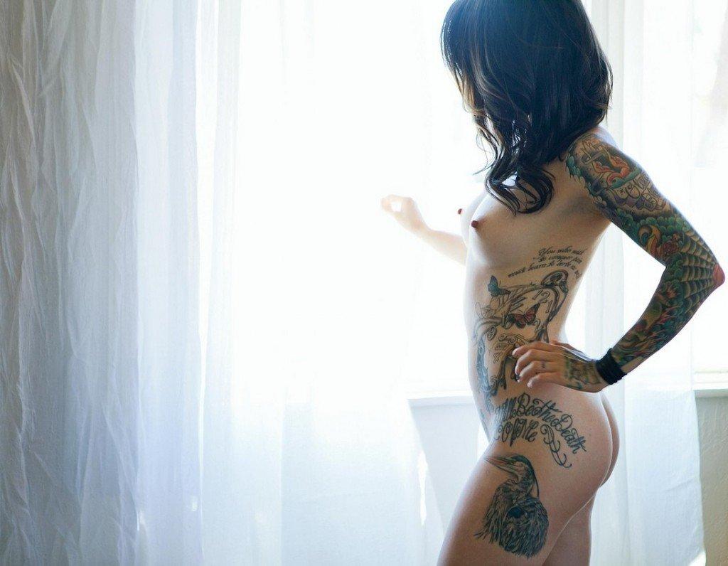 naked pic black