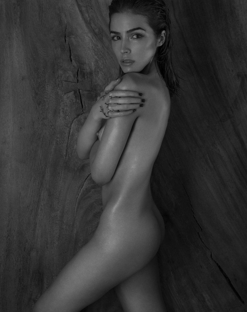 culpo naked Olivia