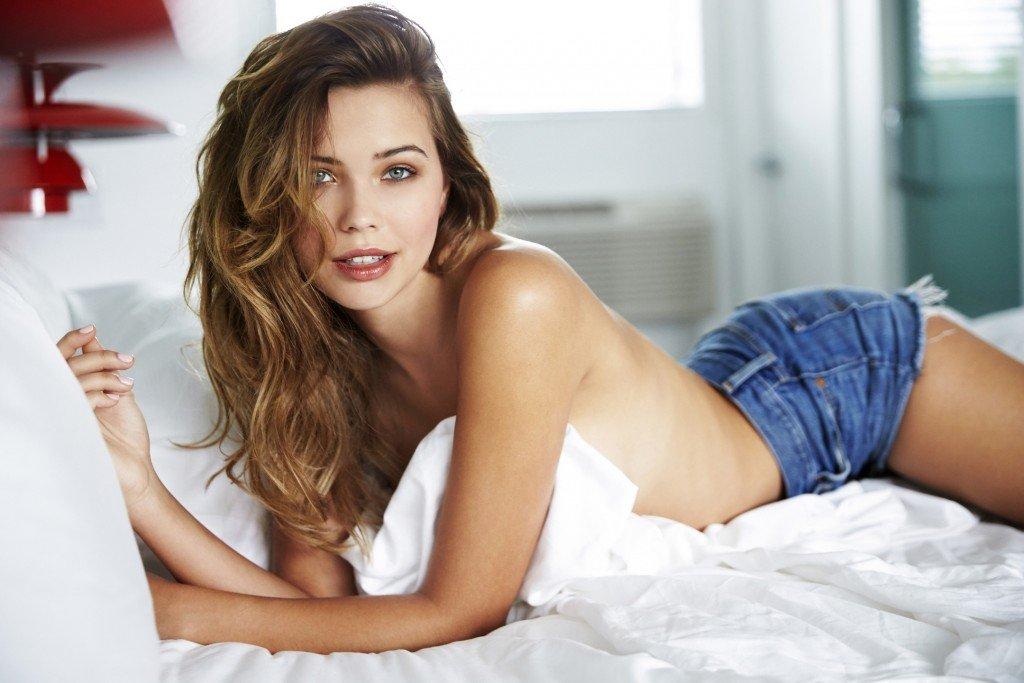 Sandra Kubicka Sexy 22