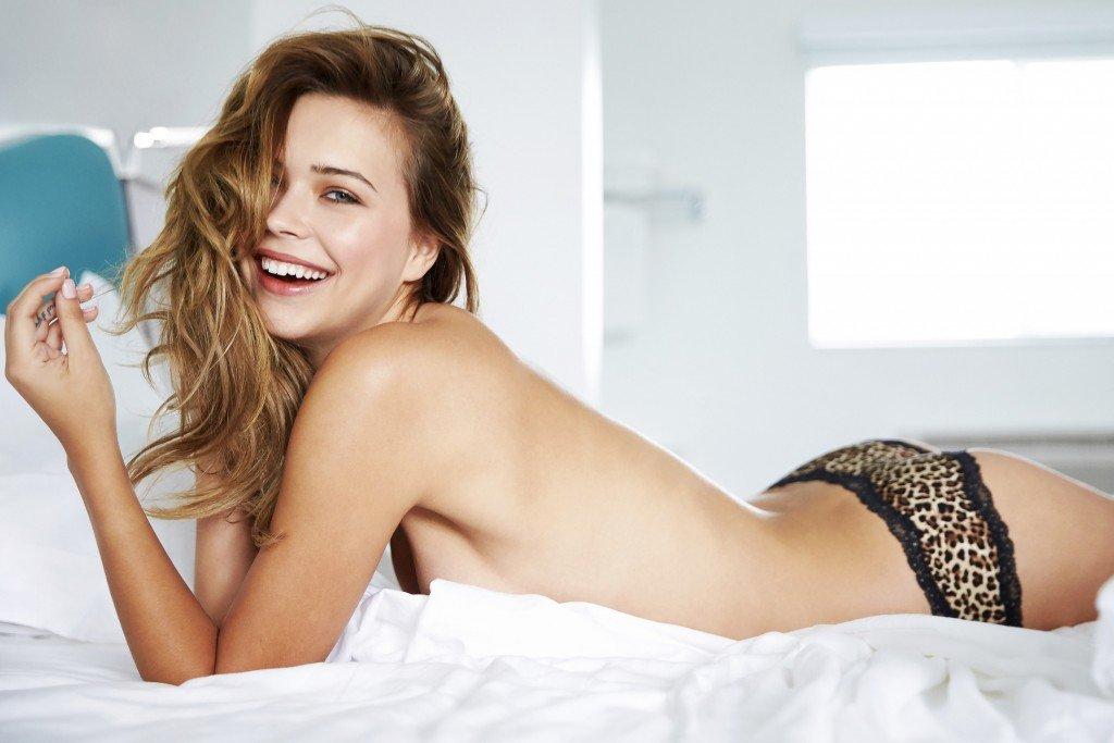 Sandra Kubicka Sexy 24