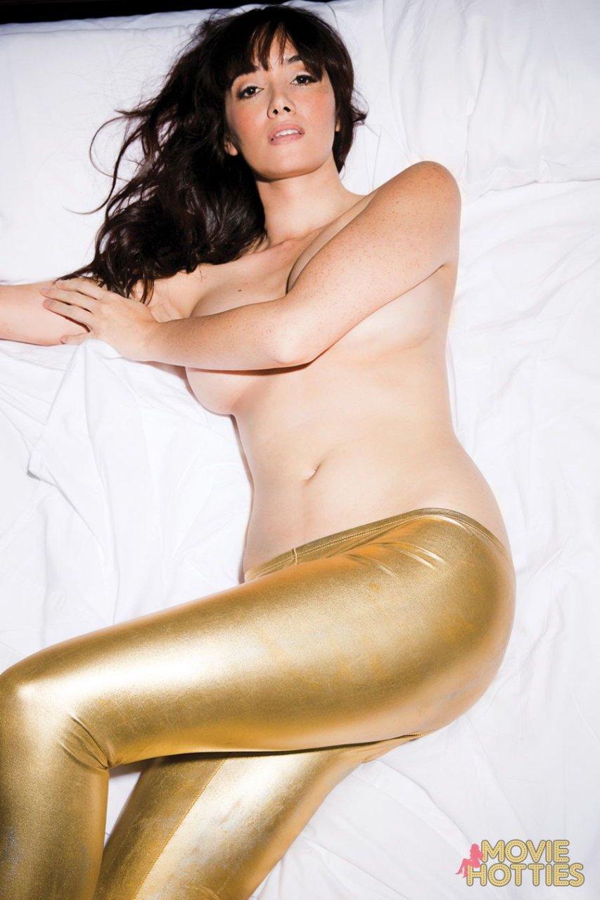 Sara Lane Nude