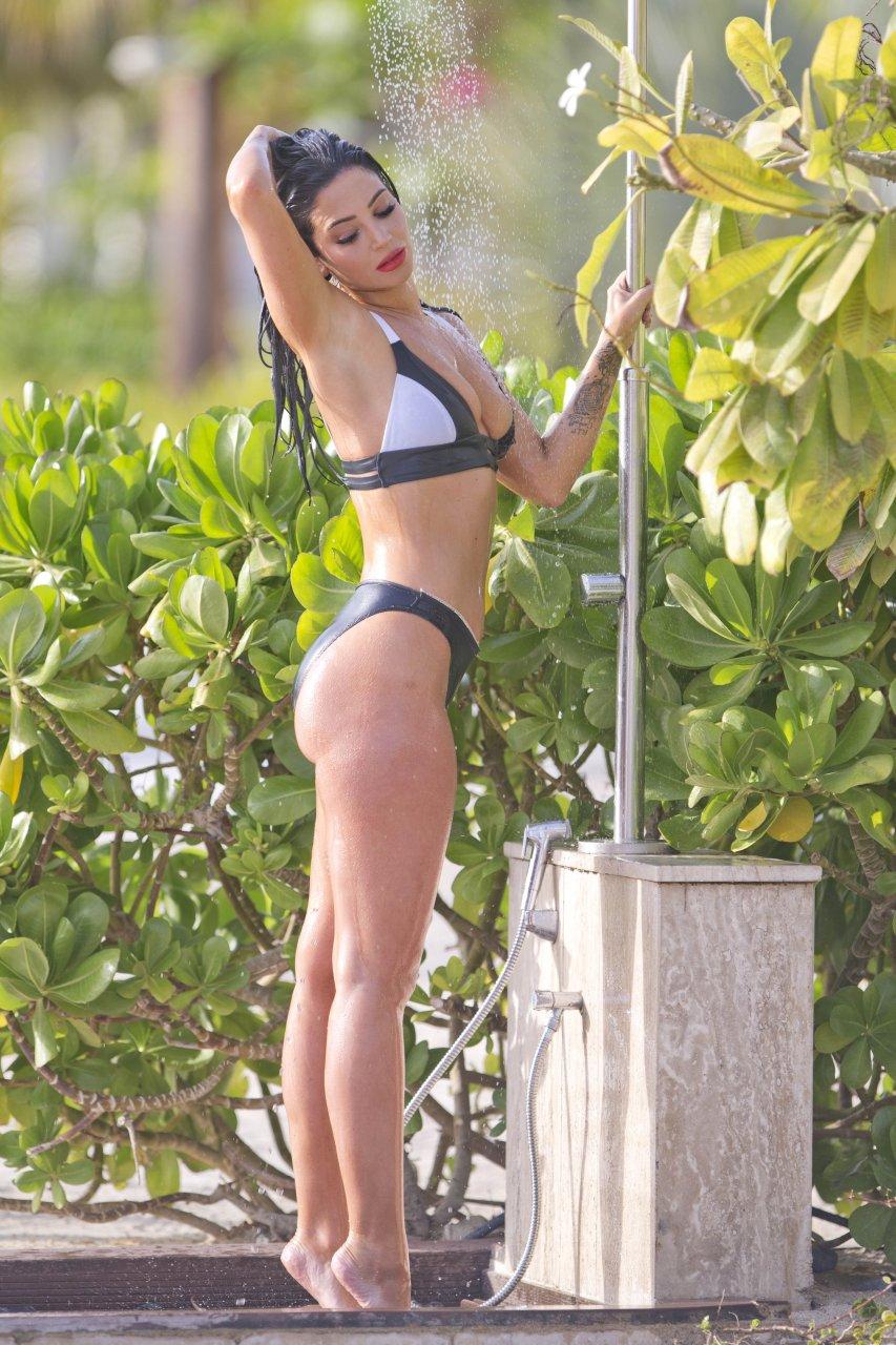 Working tulisa bikini unsubscribe contostavlos beach