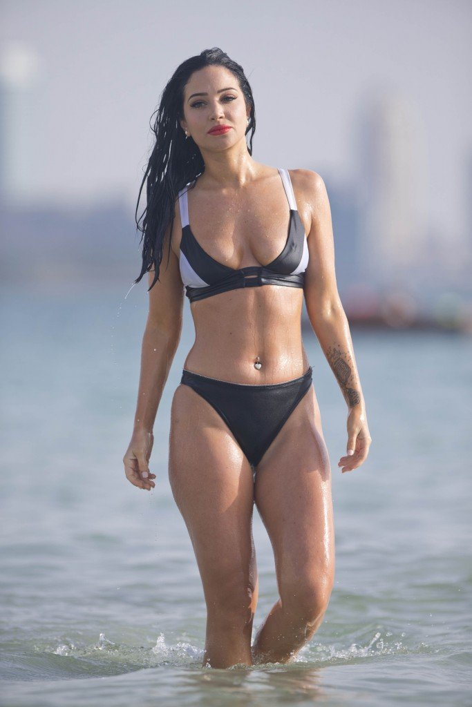 Tulisa Contostavlos Sexy 2