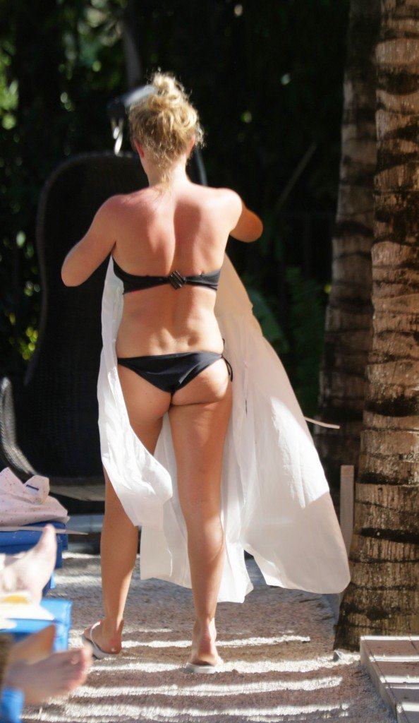 Aisleyne Horgan-Wallace in a Bikini 11