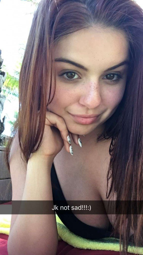 Ariel Winter Cleavage (2 New Photos)