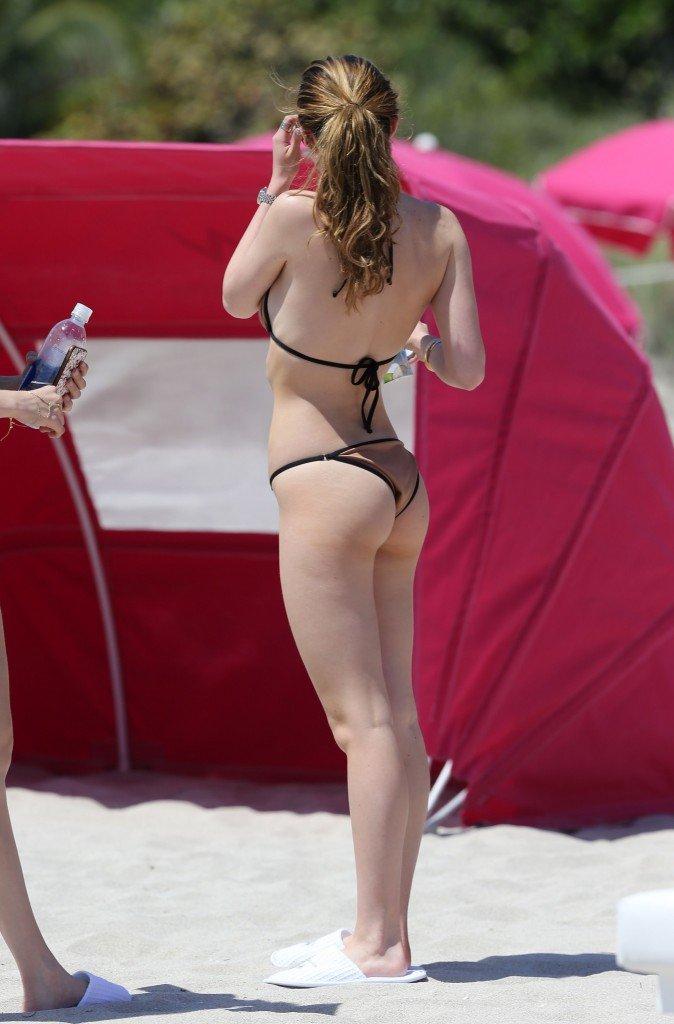 Bella Thorne Nude Sexy