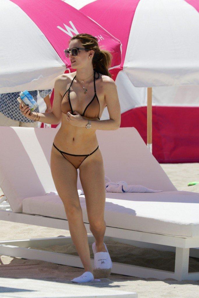 Bella Thorne & Dani Thorne Sexy (114 New Photos)