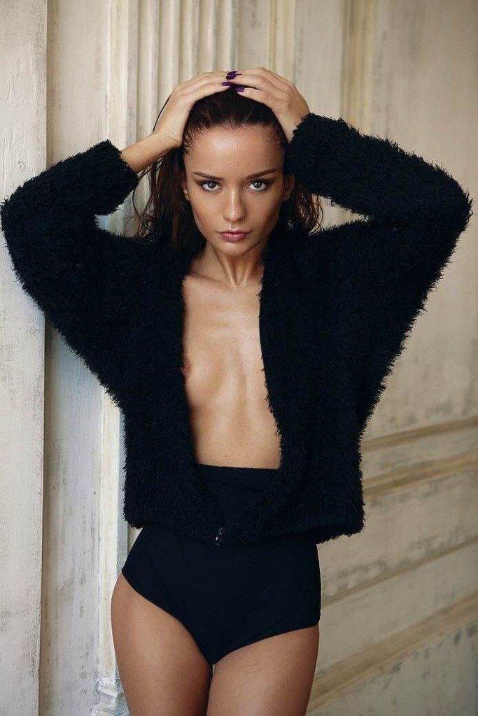 Ekaterina Zueva Nude Sexy 1