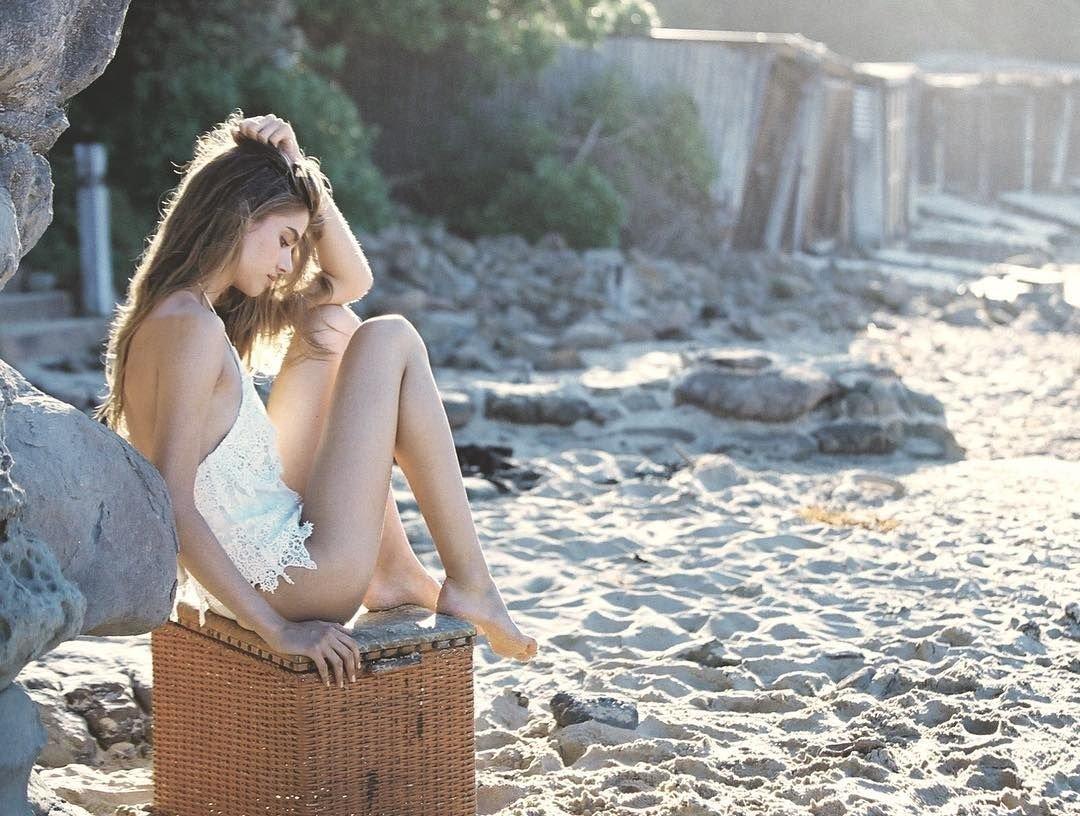 CelebGate Alexandra Felstead pics