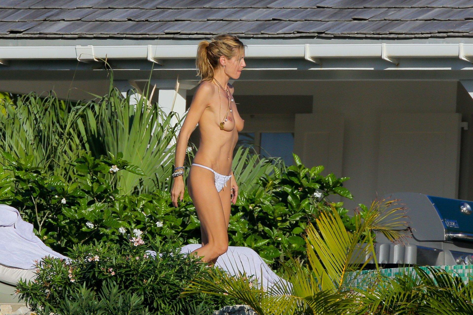 Heidi klum upskirt free sex pics