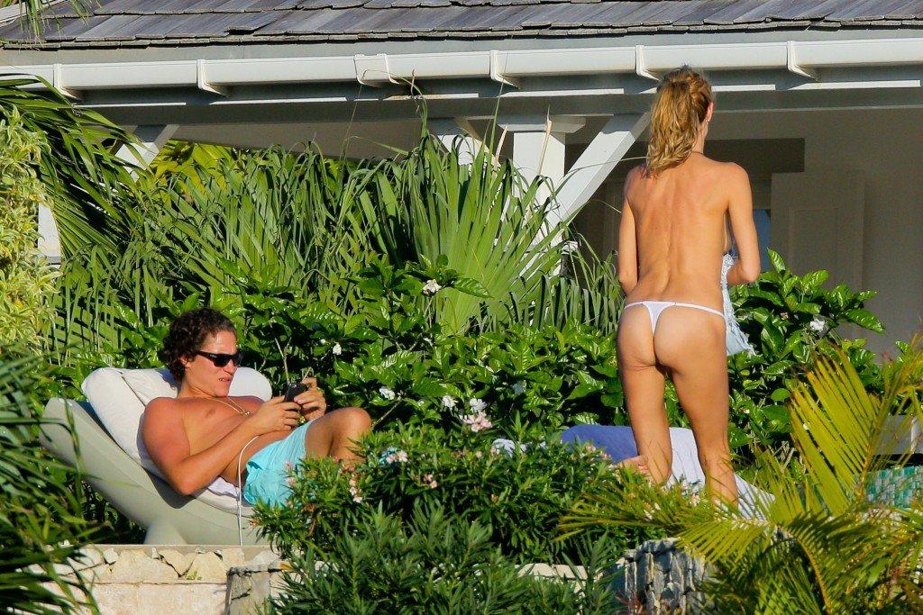 Heidi Klum Topless 12