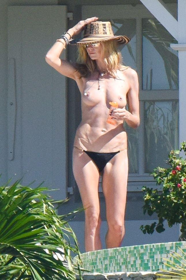 Heidi Klum Topless 20