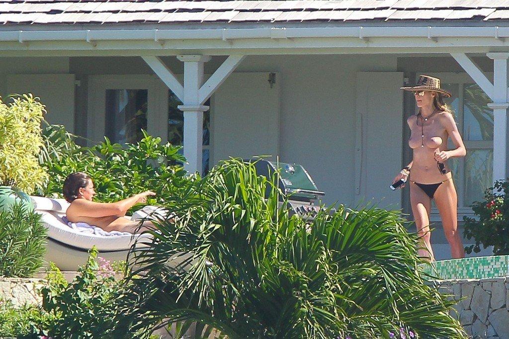 Heidi Klum Topless 40