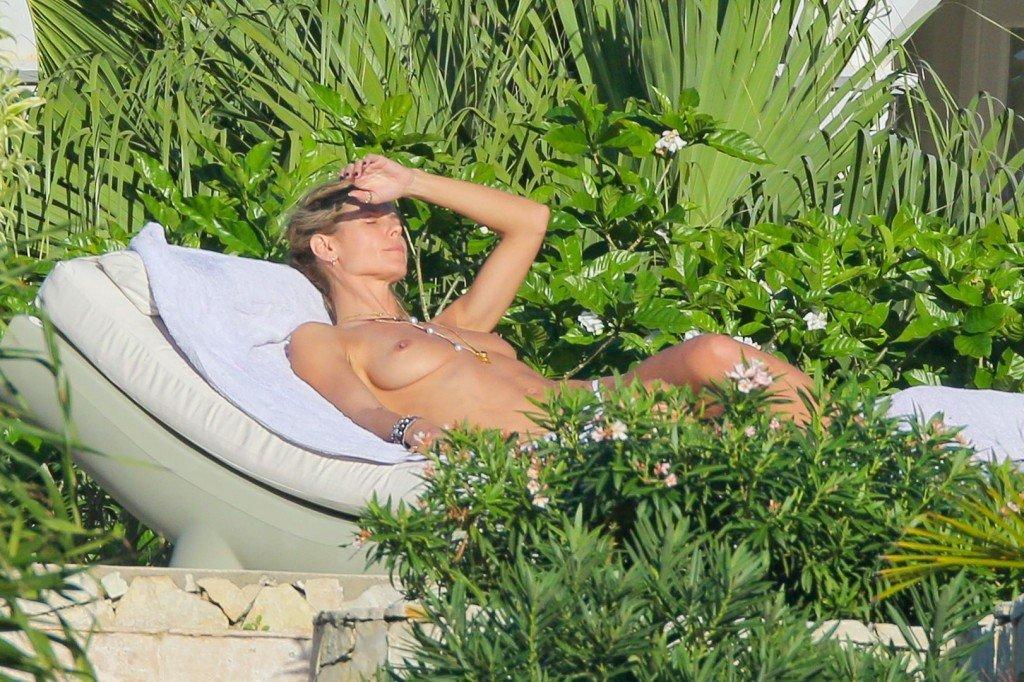 Heidi Klum Topless 42