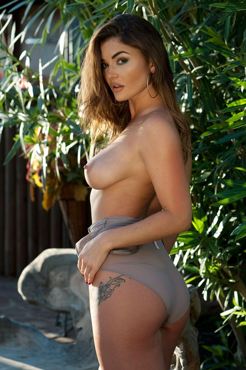 Eva mendes uncensored - 3 part 2