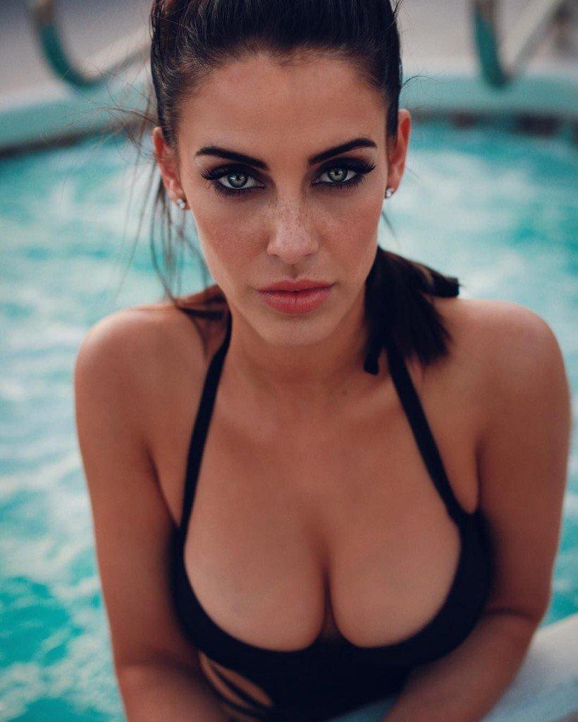 Jessica Lowndes Sexy (1 Photo)