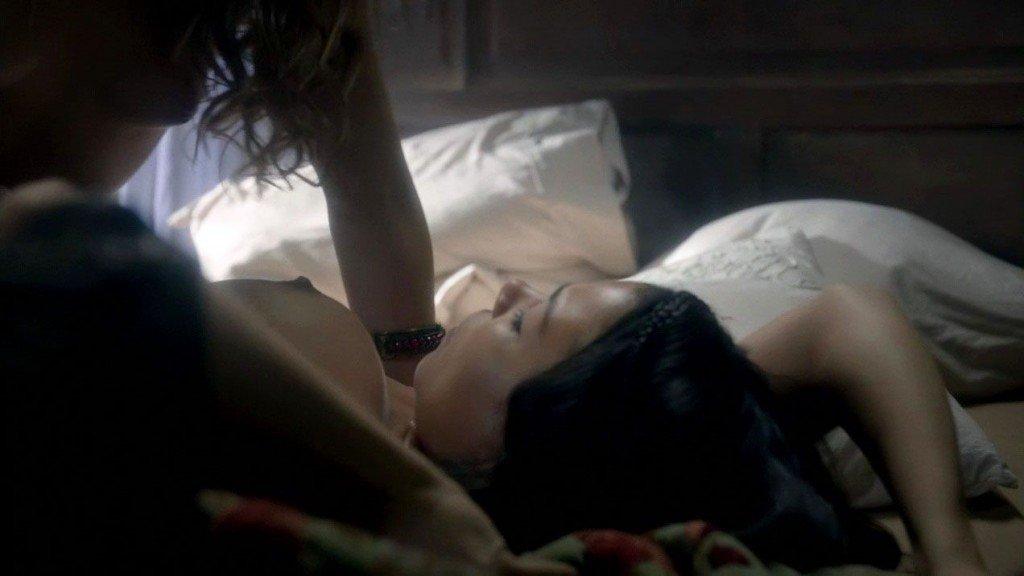 Jessica Parker Kennedy, Nevena Jablanovic Nude – Black Sails (2016) s03e08 – HD 1080p