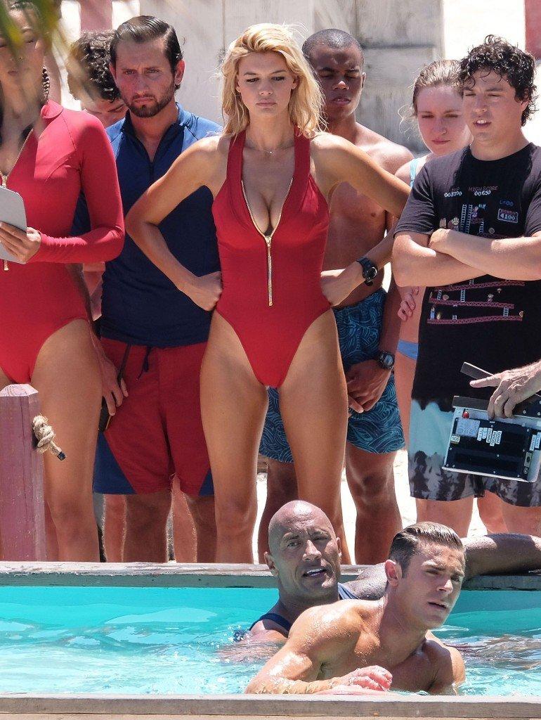 Kelly Rohrbach, Alexandra Daddario, Ilfenesh Hadera Sexy 5