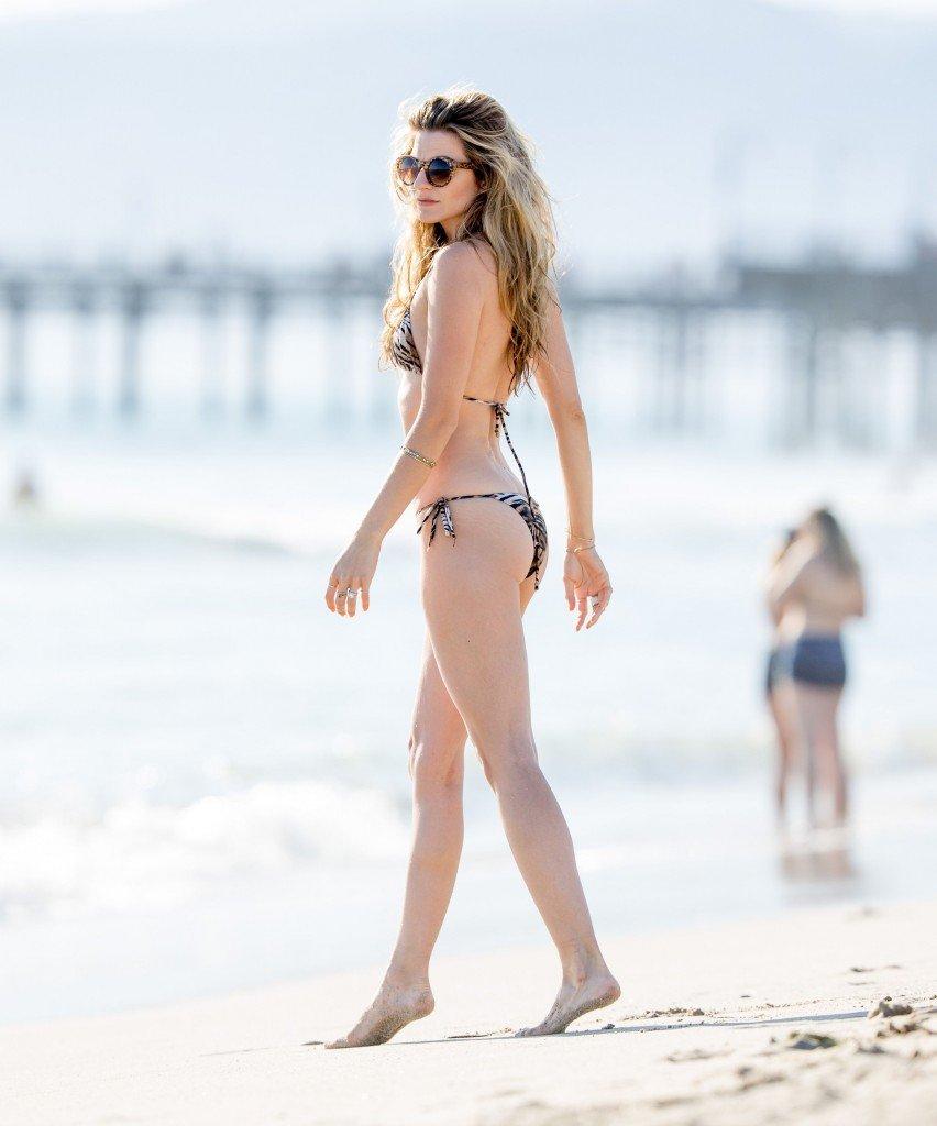 Rachel McCord Sexy (13 Photos)