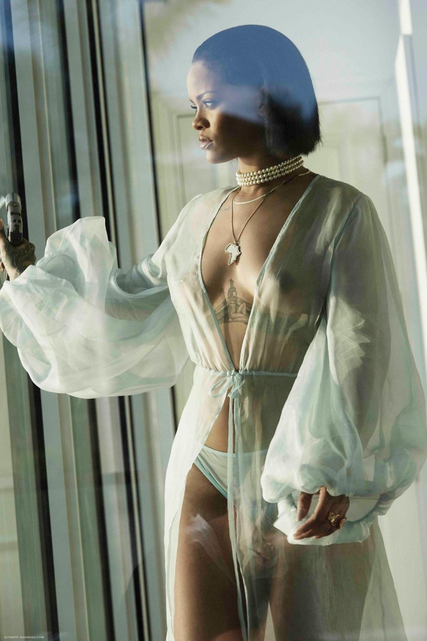 Right! New nude rihanna pictures