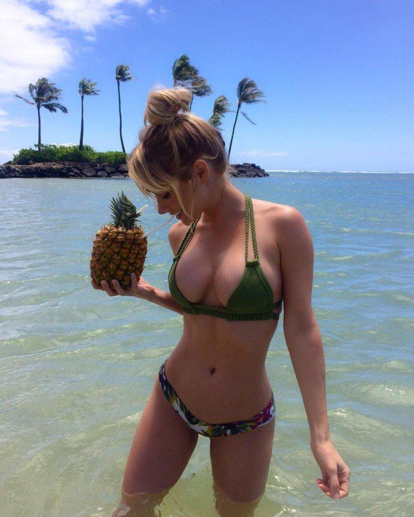 Sara Jean Underwood in a Bikini 4