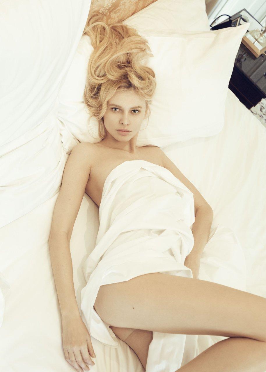Justine skye braless 9 photos nudes (68 images)