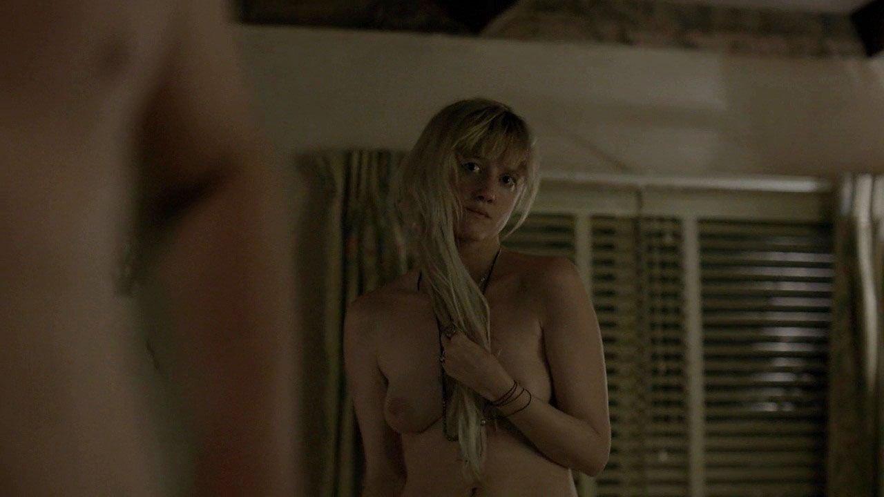 Photos Nude Andrea Riseborough#3