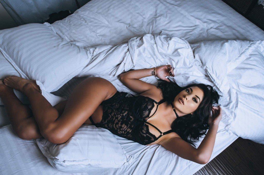 Arianny Celeste Sexy (15 Photos)