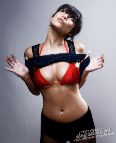 Cassie Steele Tits (15 Photos)   #TheFappening