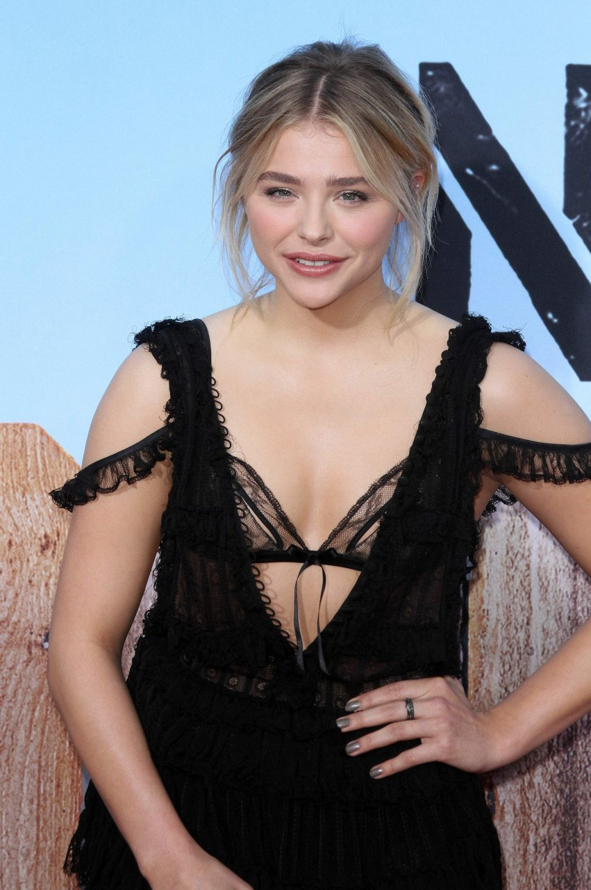 Pretty, HOT. chloe grace moretz porn